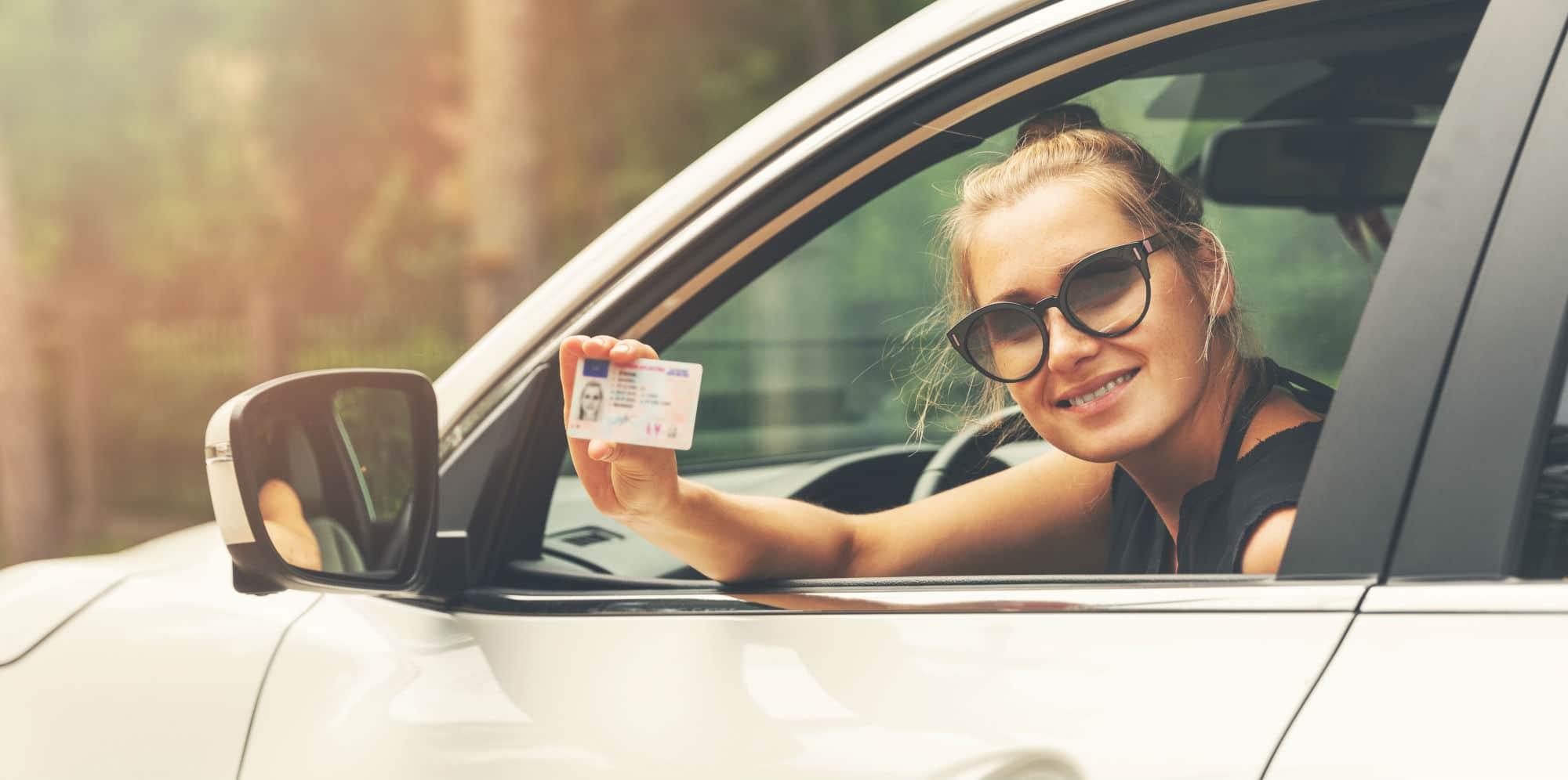 Passer le permis avec une auto école sur internet